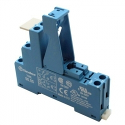 Gniazdo do przekaźników serii 40.51/40.52/40.61/44.52/44.62, modułów 99.02, 86.30, zaciski śrubowe, 95.05 SPA